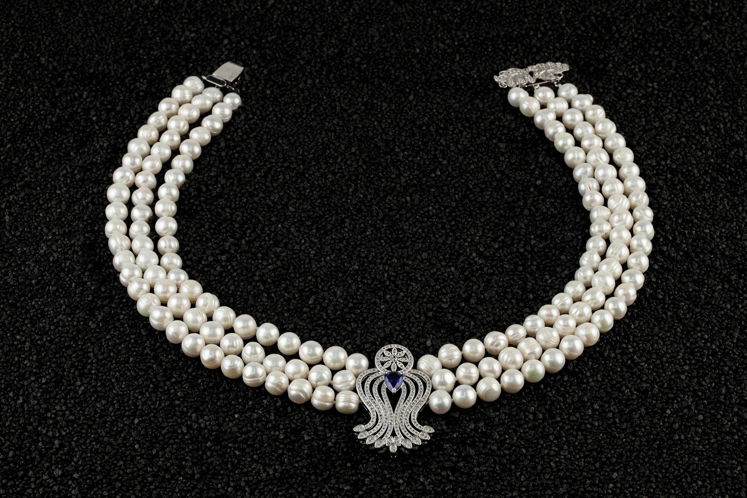 Colier triplu perle naturale de cultura si element Cristal Saphire