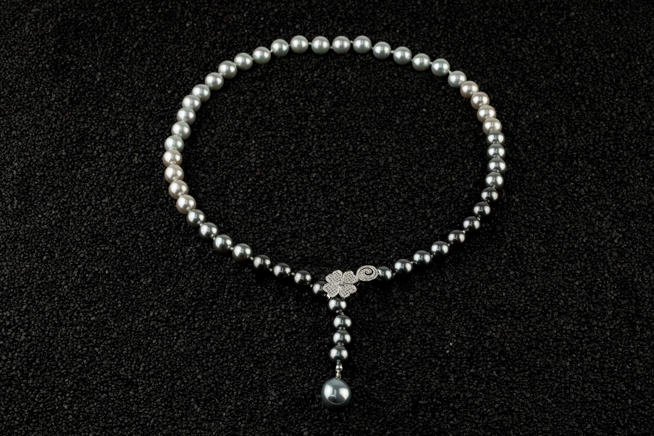 Colier perle Mallorca Gray Clover
